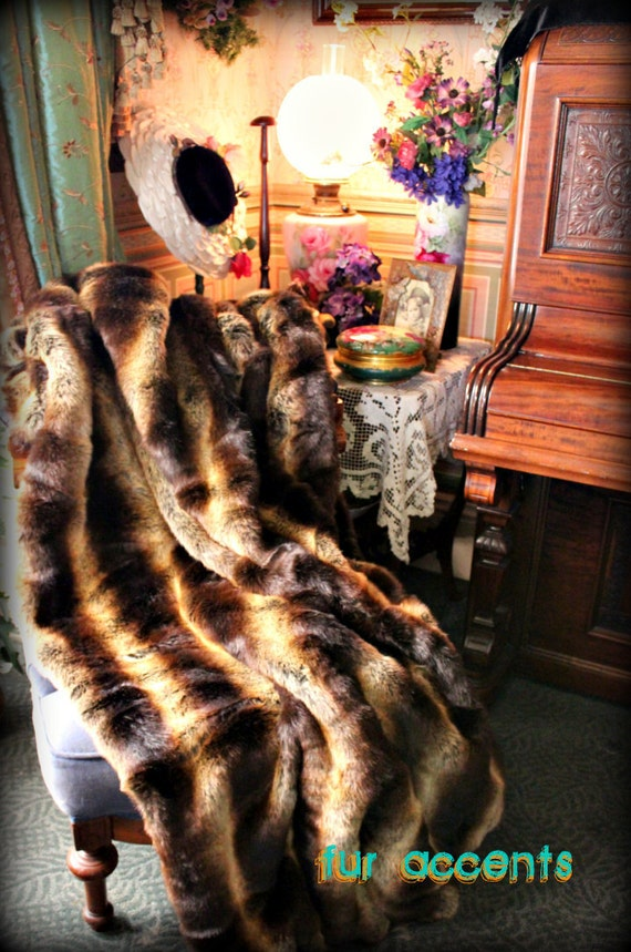 Plush Faux Fur Chinchilla Throw Blanket - Bedspread - Bed Cover = Rich Brown Tones - Stripe
