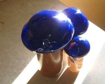 Blue Cap Group - Set of 3 handmade art glass mushroom figurine sculptures