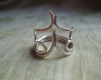 Ring - One Of A Kind - Sterling Silver Wire - Size 8 - Modern Jewelry by Jyoti McCall