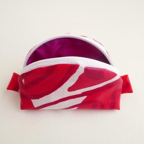 Zip Pouch - Marimekko - Red Floral - Small