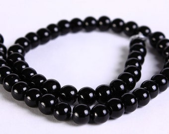 6mm black glass beads - opaque glass beads - round beads (281) - Flat rate shipping