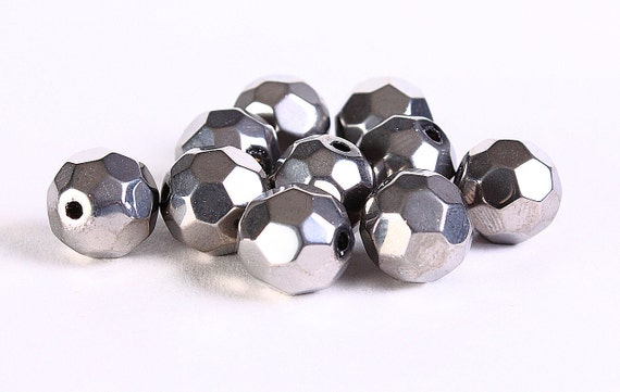 Handmade electroplated metallic silver faceted glass round beads 10pcs 10mm (308) - Flat rate shipping