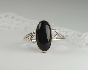 Handmade Black Onyx Ring Artisan Ring 925 Silver Ring Oval Ring Everyday Ring Friendship Ring Artisan Jewelry