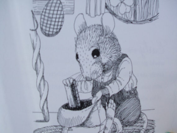 Children's Book: Gourdy's Adventure. Mouse theme. Written by seller!