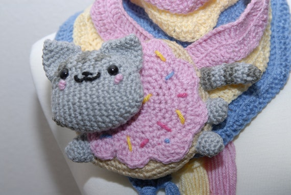 Cat Crochet Scarf - Nyan Cat Scarf- Crochet Scarf- Food Scarf- Doughnut Scarf- women Scarf- Kawaii- Meme
