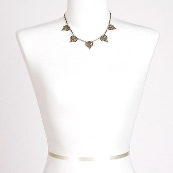 60s Vintage Necklace Choker Silver Grapes