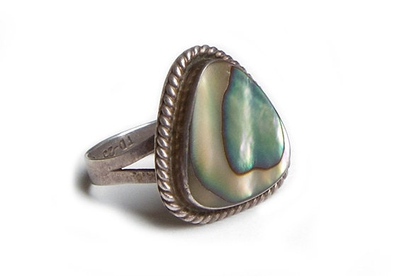 60s Vintage Ring Silver Abalone Shell Hippie Boho Size 8