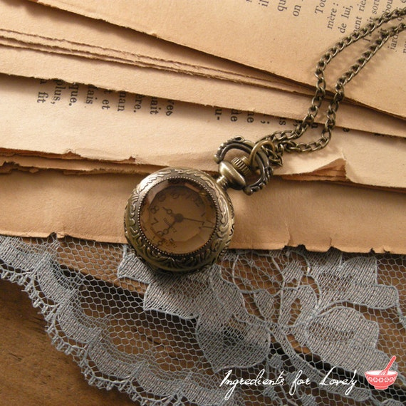 1 Pc Small Vintage Style Pocket Watch Necklace Amber Glass Jewel Door Pocketwatch CHAIN INCLUDED (BB001)