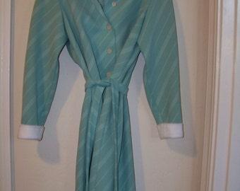 Sale Martha Manning Original, Green and white Shirt Dress / Size Med-LG