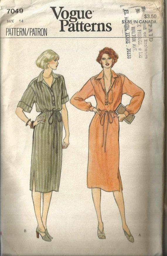 1970's Vogue Vintage Sewing Pattern : Pullover Dress Vogue Pattern 7049 36 Bust Factory Folds Uncut