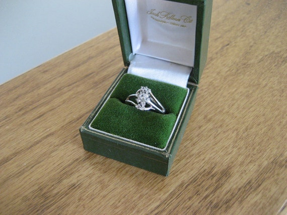 Vintage silver and CZ stone jewelry ring size 6, with vintage gift box. 14k.