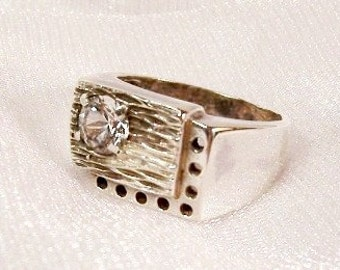 Vintage Sterling Silver Ring: Size 9 3/4 Clear Citrine Ring - J1017