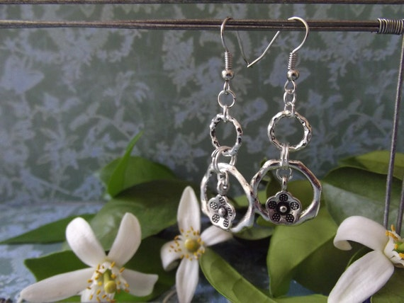 antique silver multi-link earrings with flower charms.  MJ421/G027