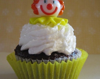 12 Retro Classic Clown Cupcake Toppers