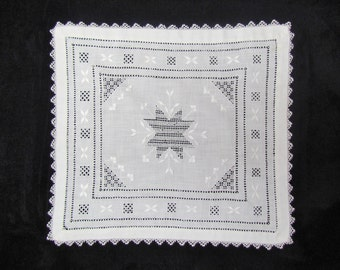 Antique embroidered doily, c.1900 drawnwork cotton doily with crocheted lace