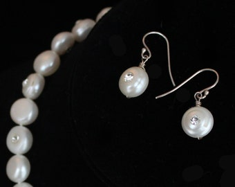 Crystal & Pearls Earrings - Ivory Pearls with Swarovski Crystals - Diana