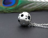 Moon Like Necklace - Sterling silver minimal necklace