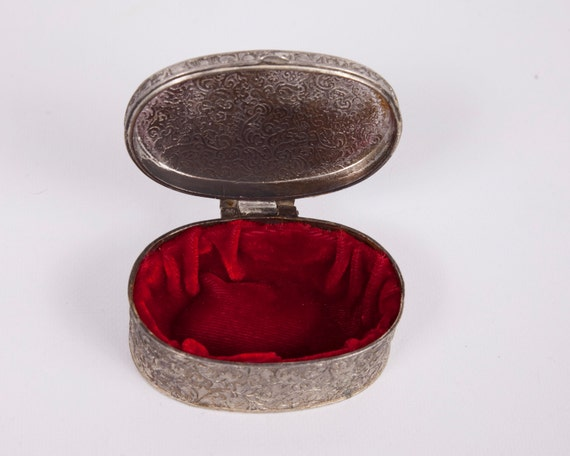Vintage Silver Plated Trinket Box Oval Jewelry Box Red Velvet Lined