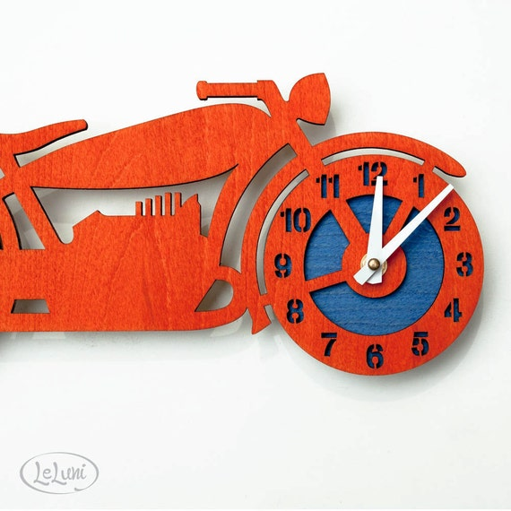 """The """"Brando"""" retro motorcycle, a designer wall mounted clock from LeLuni"""