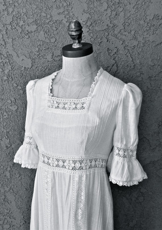 VTG 70s Wedding Dress with Lace and Crochet Detail RAG DOLLS San Fransisco