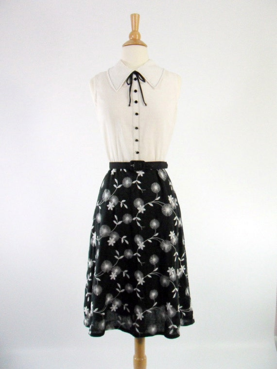 60s Sleeveless Day Dress in Black and White