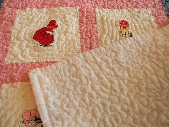 Handmade Baby Quilt, Crib Quilt, Sunbonnet Sue, Baby Girl Quilt