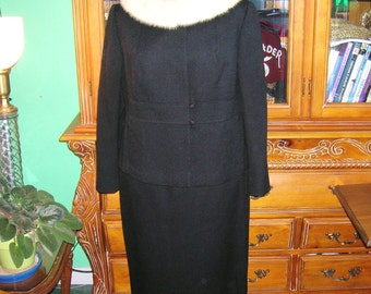 Vintage 50's/60's Black Women's Suit . Worsted Wool Lined . Creme Mink Fur Collar . Jack Bloom California Label . Calif Couture .  Mad Men