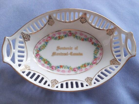 antique pink rose bavarian oval bowl pierced edge bowl. Black Bedroom Furniture Sets. Home Design Ideas