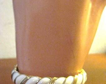Vintage Trifari White Thermoset Clamper Bracelet