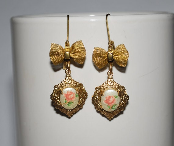 Coral Rose Earrings & Brass Bows - Floral Design - Shabby Chic Earrings