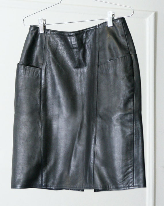 s a l e / / / 90s High-Waisted Soft Buttery Black Leather Skirt with Pockets / / / s a l e