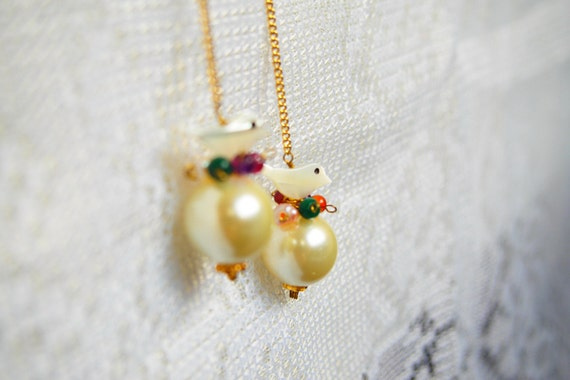 Little Bird Flying Over a Pearl - Dangle earrings