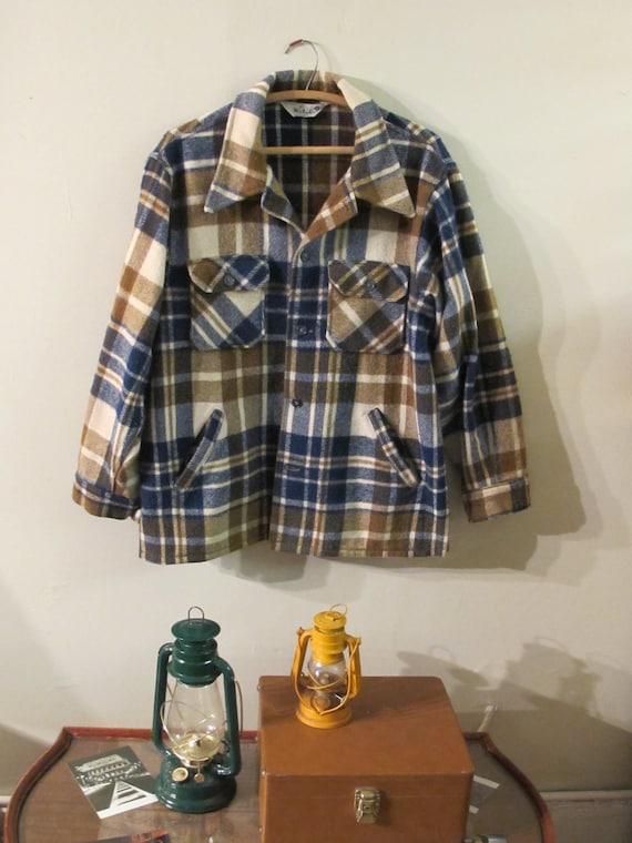 Vintage Mens WOOLRICH Flannel Jacket - Vintage Mens Wool Shirt - Forest Green Navy Blue Creme Ivory Plaid - Lumberjack - Mens XL 51 52 Chest