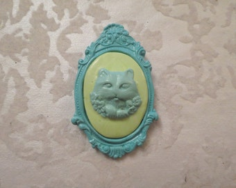Creepy Cat Cameo Pendant OR Brooch (blue and green)