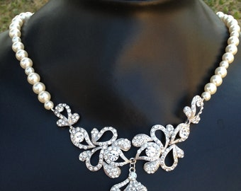 Bridal necklace, Pearl necklace, wedding necklace, Peacock necklace, Swarovski jewelry, Swarovski crystals, Wedding accessories