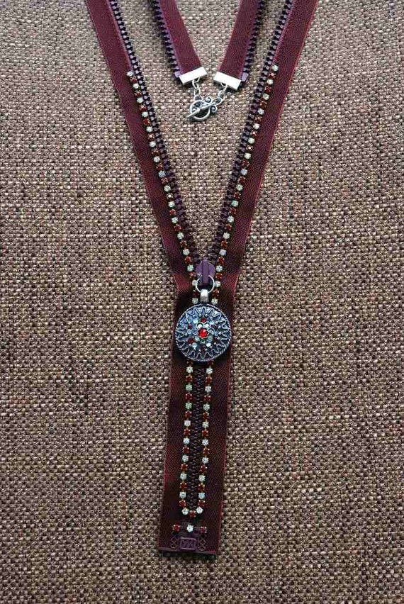 NECKLACE  ZIPPER ART Zipit Swarovski  Silver Deep Purple Boho  Eccentric  Outrageous Stunning Weird Stylish Eyecatcher Dare to Wear