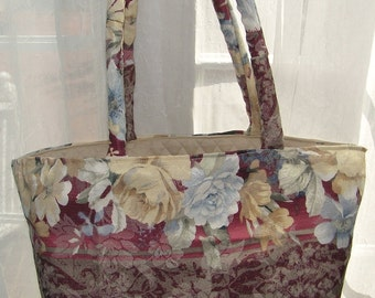 Tote Bag Cottage Flowers Market Beach Craft Overnight  Bag Vegan Purse Quilted Liner Pockets Shabby Chic Spring