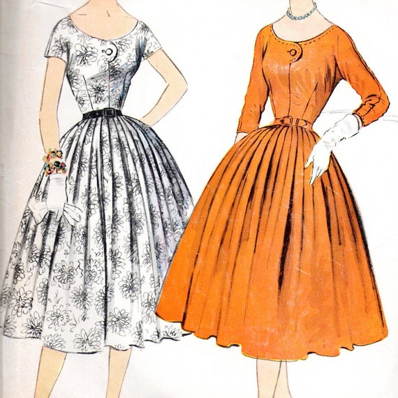 McCall's 3035 sewing pattern // Misses' Dress with full pleated skirt