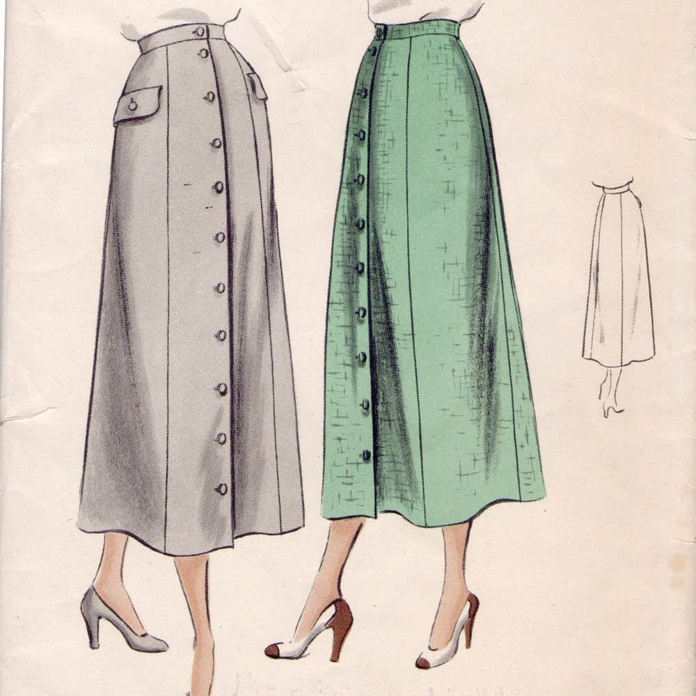 Vogue 6768 sewing pattern // button front skirt