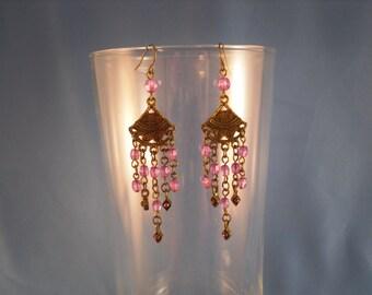 Reduced Vintage dangled purple beaded pierced earrings (P3)