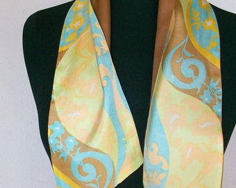 Sale Vintage double sided scarf with brown side and printed pattern