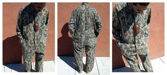 Camo/ Coveralls/ Mossy Oak/ Flight Suit/ Hunting/ Military Clothing/ Woodgrain Jumpsuit/ Camo Print/ Mechanic Jumpsuit/ Camouflage/ All Over