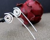 Long Post Silver Earrings. Spiral Elegant Sterling Silver Stud Earrings. Mini Swirl Earrings / Swirl Earrings / Modern Earrings / Unique
