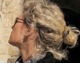 Modern Sterling Silver Square Hoop Earrings. Elegant Medium Squared Hoops for everyday wear / Square shaped Earrings / Best Fashion Earrings