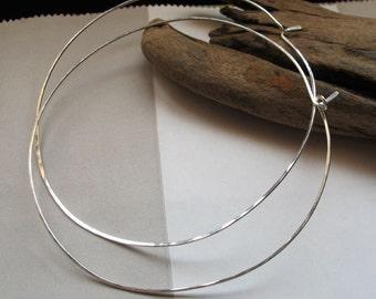 Thin Sterling Silver Hoop Earrings - 1.5 inch Round Hoops. Modern Hammered Flat Earrings / Trendy Jewelry / Medium Hoops / 1.5 inches hoops