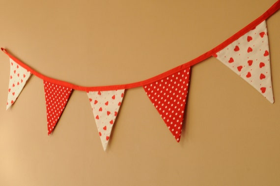 Red and White Hearts & Polka Dot Valentine's Bunting - Fabric Banner