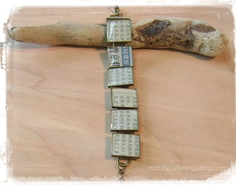 Real Chinese Newspaper Bracelet - Recycled Newspaper and Resin Jewelry