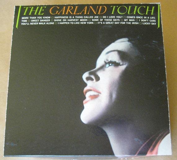 Judy Garland Gift Box with Vinyl Record Coaster Set