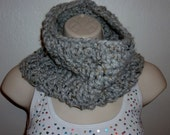 Chunky  Cowl in Gray