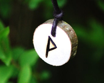 Birth Rune Pendant 'Wunjo' 13th October to 28th October.